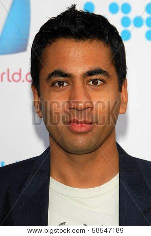 HOLLYWOOD - APRIL 30: Kal Penn at Movieline's Hollywood Life 8th Annual Young Hollywood Awards at Henry Fonda Music Box Theater on April 30, 2006 in Hollywood, CA.