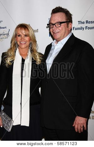 Joan Dangerfield, Tom Arnold at the 2013 Midnight Mission's