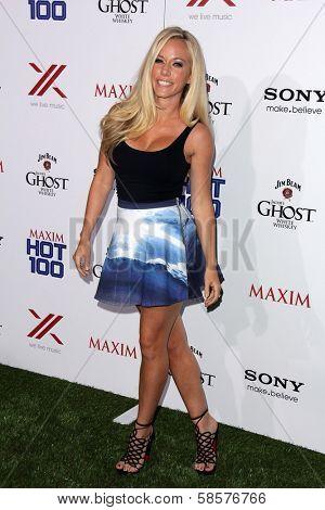 Kendra Wilkinson at the 2013 Maxim Hot 100 Party, Vanguard, Hollywood, CA 05-15-13