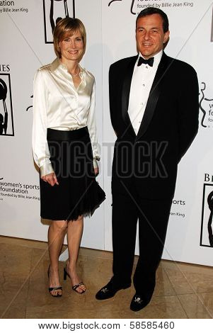 BEVERLY HILLS - APRIL 20: Willow Bay and Bob Iger at the inaugural The Billies presented by The Women's Sports Foundation at Beverly Hilton Hotel on April 20, 2006 in Beverly Hills, CA.