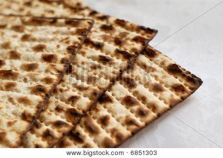 jewish passover matzah