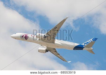Qatar Airways Airbus A350