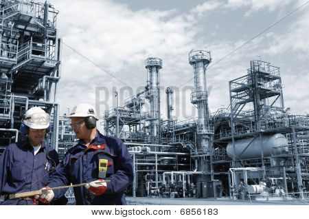 oil workers and industry
