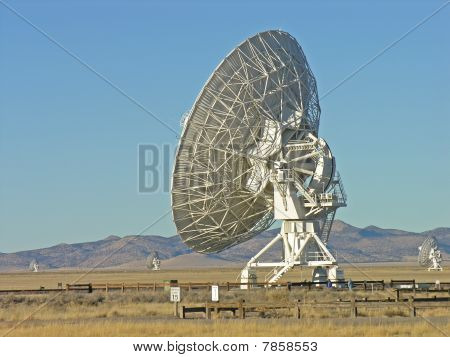 VLA field of satellite dishes