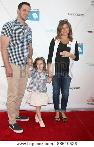 LOS ANGELES - FEB 19:  Brady Smith, Harper Smith, Tiffani Thiessen at the Milk+Bookies Sixth Annual Story Time Celebration at the Toyota Grand Prix Racecourse on April 19, 2015 in Long Beach, CA