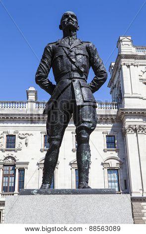 Jan Smuts Statue In London