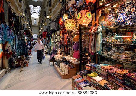 Gran Bazaar, Istanbul, Turkey.