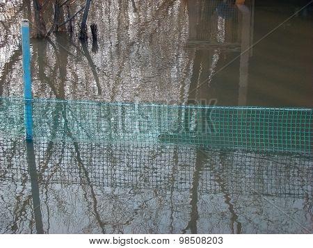 Water gill net