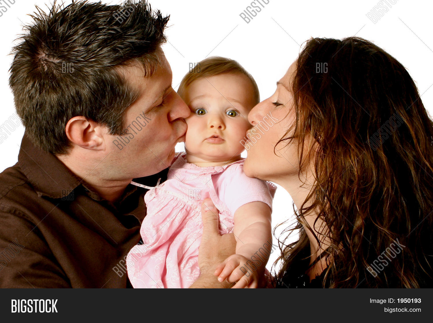 mom dad kissing cute image & photo (free trial) | bigstock