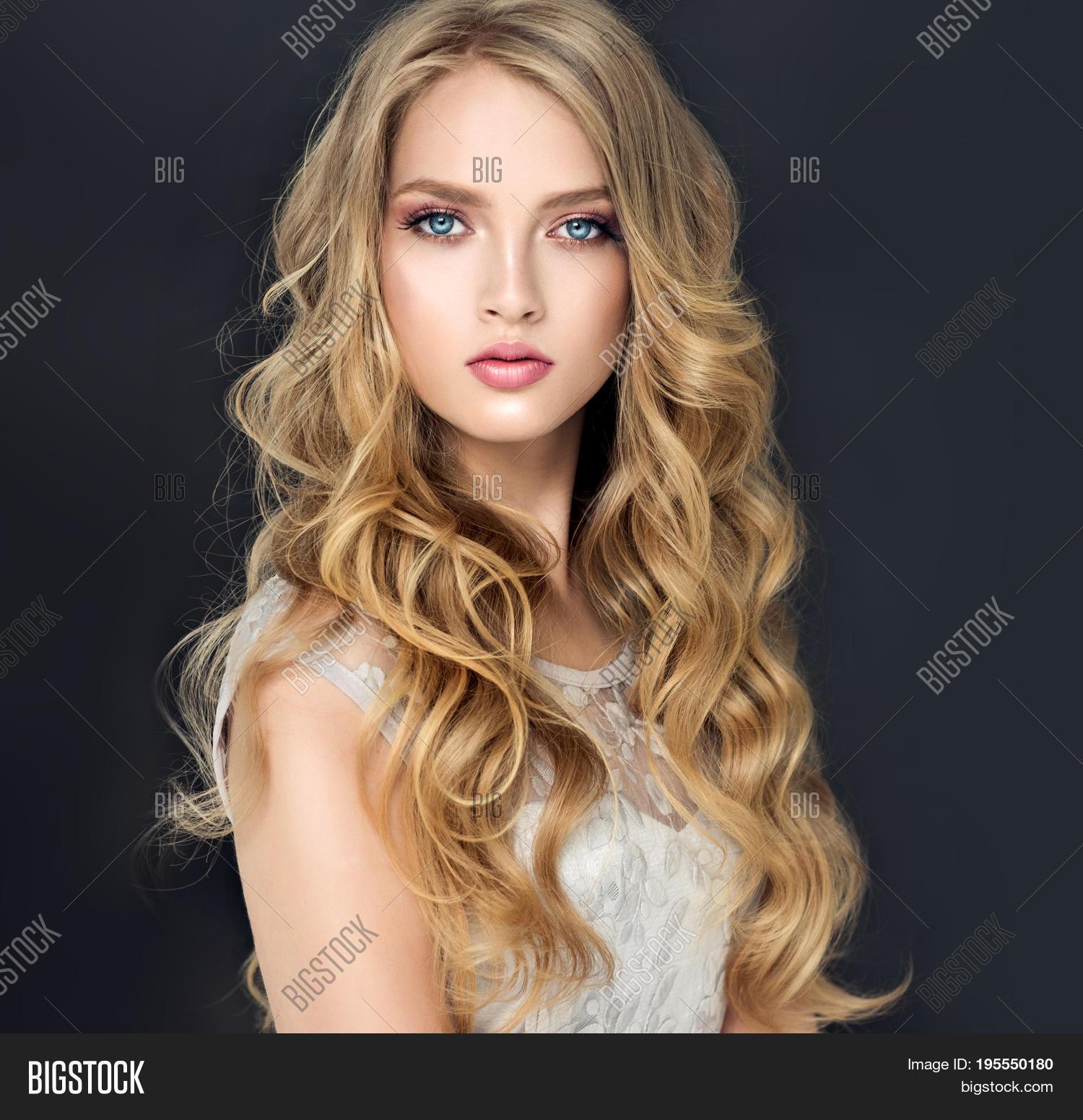 gratis blonde