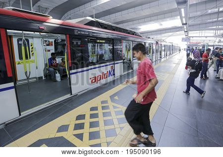 Malaysia Lrt Train