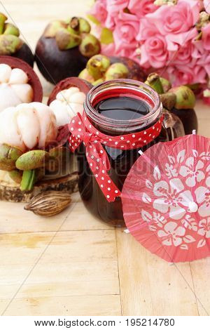 Mangosteen juice is delicious with fresh mangosteen