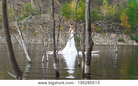 Sup Girl Bride Stand Up Paddleboard 02