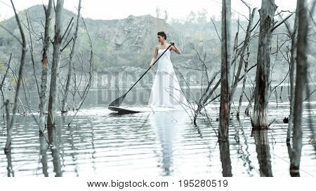 Sup Girl Bride Stand Up Paddleboard 03