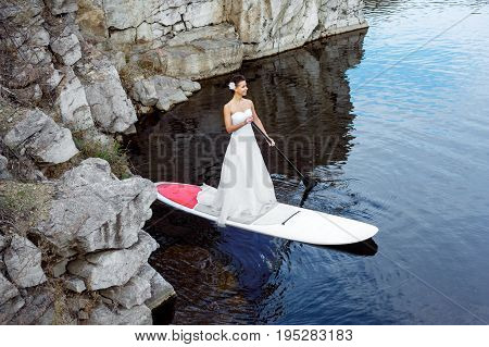Sup Girl Bride Stand Up Paddleboard 13