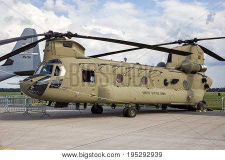 Chinook Military Cargo Helicopter