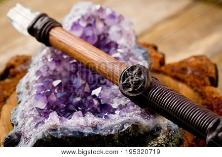 Cleansing And Charging Wiccan Wand, With Pentagram - Pentacle Symbol, On Amethyst Crystal Geode