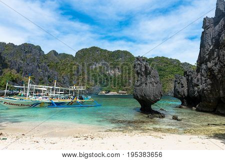 EL NIDO PALAWAN PHILIPPINES - JANUARY 17 2017: Horizontal picture of a spectacular tropical beach of El Nido.