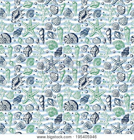 Sea life marine shells, corral and underwater stars hand drawn style vector seamless pattern background. Exotic marine aquarium beauty scallop nature seashell hand drawn sketch.