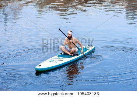 Sup Bearded Man Yoga Meditation 06