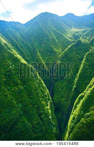 Aerial view of mountains in Oahu island, Hawaii
