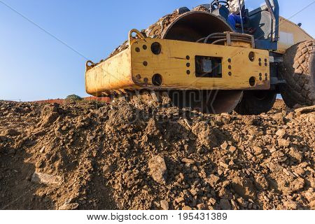 Earthworks Landfill Compactor Machine