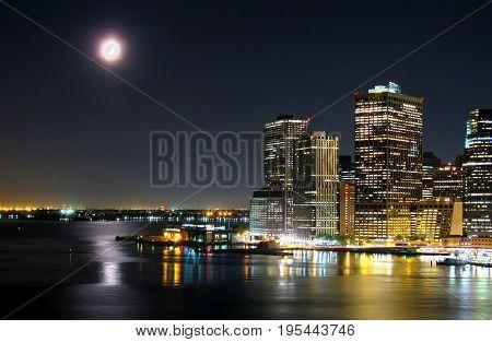 Night shot of lower manhattan from Brooklyn