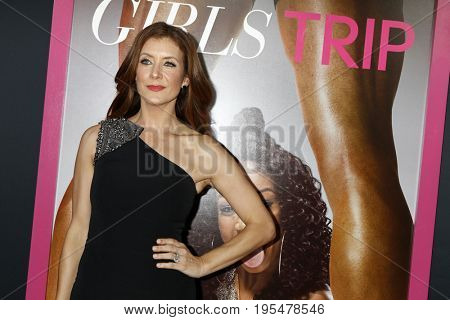 LOS ANGELES - JUL 13:  Kate Walsh at the