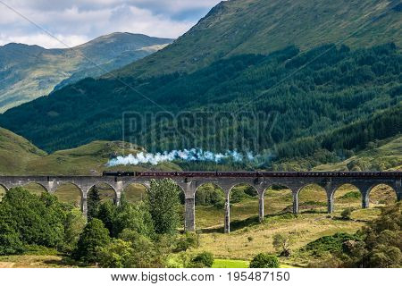 The Jacobite train over Glenfinnan viaduct - Hogwarts Express