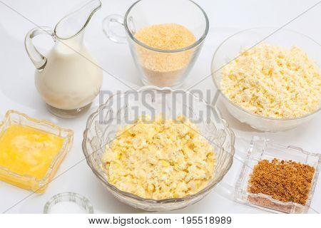 Traditional Colombian Arepa de Choclo Preparation : Sweet corn bread ingredients