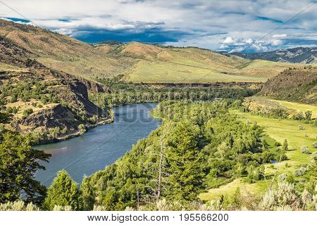 Snake river Valley in Idaho with trees and sky