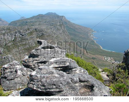 VIEW FROM THE TOP OF TABLE MOUNTAIN, CAPE PENINSULA, CAPE TOWN, SOUTH AFRICA