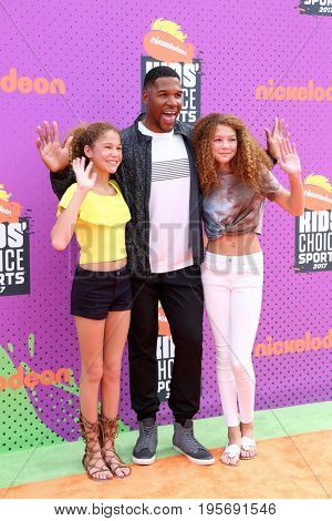 LOS ANGELES - July 13:  Sophia Strahan, Michael Strahan, Isabella Strahan at the Nickelodeon Kids' Choice Sports Awards 2017 at the Pauley Pavilion on July 13, 2017 in Westwood, CA