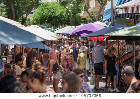 Nachalat Binyamin Market Is A Street Market Specializing In Different Arts And Crafts