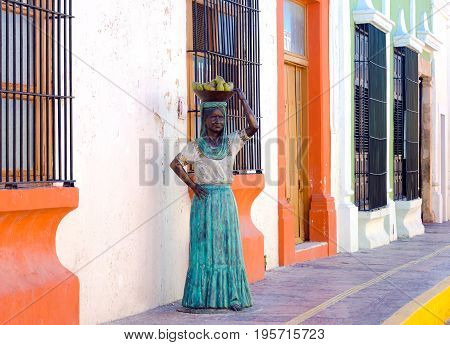 CAMPECHE MEXICO - FEBRUARY 23: Beautiful woman statue in colonial street in Campeche Mexico on February 23 2017