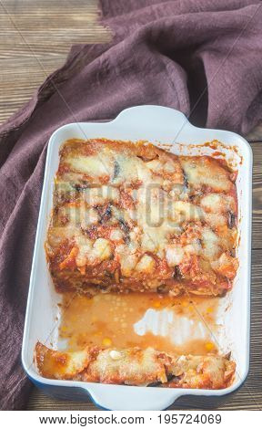 Dish of parmigiana di melanzane: top view