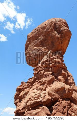 Balanced Rock in Arches National Park. Utah. USA