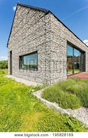 Modern Pebble Stone Wall House