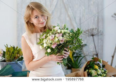 Picture of girl with bouquet