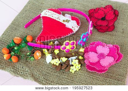Jewelry for girls, bracelets, hoop, felt brooches and heart