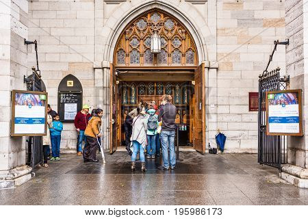 Montreal, Canada - May 26, 2017: Old Town Area With Notre Dame Basilica During Day And People In Que