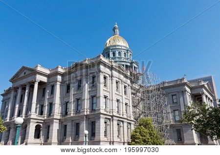 colorado state capitol building exterior and gold dome of neoclassical architecture in denver colorado
