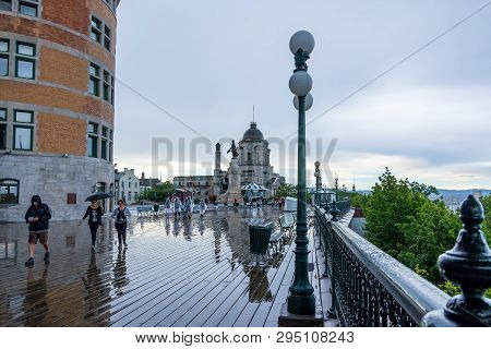 Quebec City, Canada - August 5, 2015strolling  On The Dufferin Terrace In  Quebec City Near The Fron