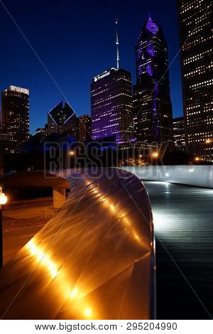Chicago, Il, Usa - May 24, 2018 - Metal Pedestrial Bridge On Maggie Daley Park At Night, With Pruden