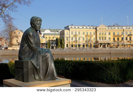 Karlstad, Sweden - April 11, 2019: Statue Of The Swedish Author And Nobel Laureate In Literature Sel