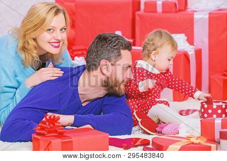 Family Celebrate Anniversary. Valentines Day. Lovely Family Celebrate Valentines Day. Happy Parents.