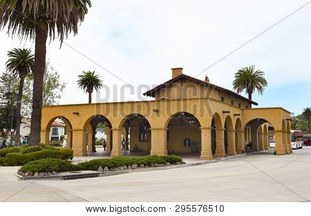 SANTA BARBARA, CALIFORNIA - APRIL 11, 2019: Amtrak Train Station Santa Barbara serves the Coast Starlight and the Pacific Surfliner.