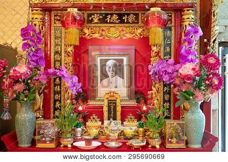 Phlapphla Chai Bangkok, Thailand - 27 January 2019: Ancestor Warship Or Ancestor Veneration Offering