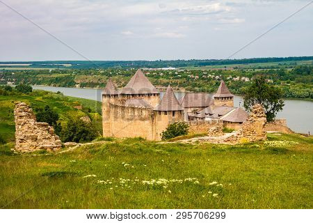 Khotyn, Ukraine - May 2017: Ancient Medieval Khotyn Castle Located On The Right Bank Of The Dniester