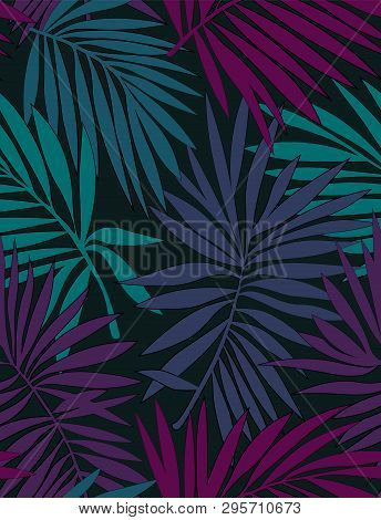 Tropical Seamless Pattern With Leaves. Beautiful Tropical Isolated Leaves. Fashionable Summer Backgr